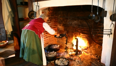 Collins-Sharp House hearth-cooking