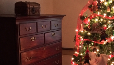 chest of drawers in the guest bedroom at Christmas